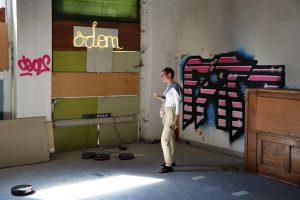 """Kathrin Brand_Installation """"So lange der Akku hält"""" von Lisa Schwermer-Funke_Foto Jürgen Adams, Fotokreis Eversberg"""